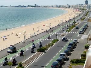 380-motards-sur-le-remblai-pour-la-7e-edition-de---cap-moto----672