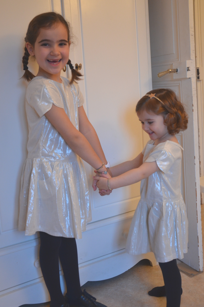 71aa2a3b48ee Robes Heather, Arsène et les Pipelettes (8 ans pour Joséphine, 4 ans pour  Adélaïde)